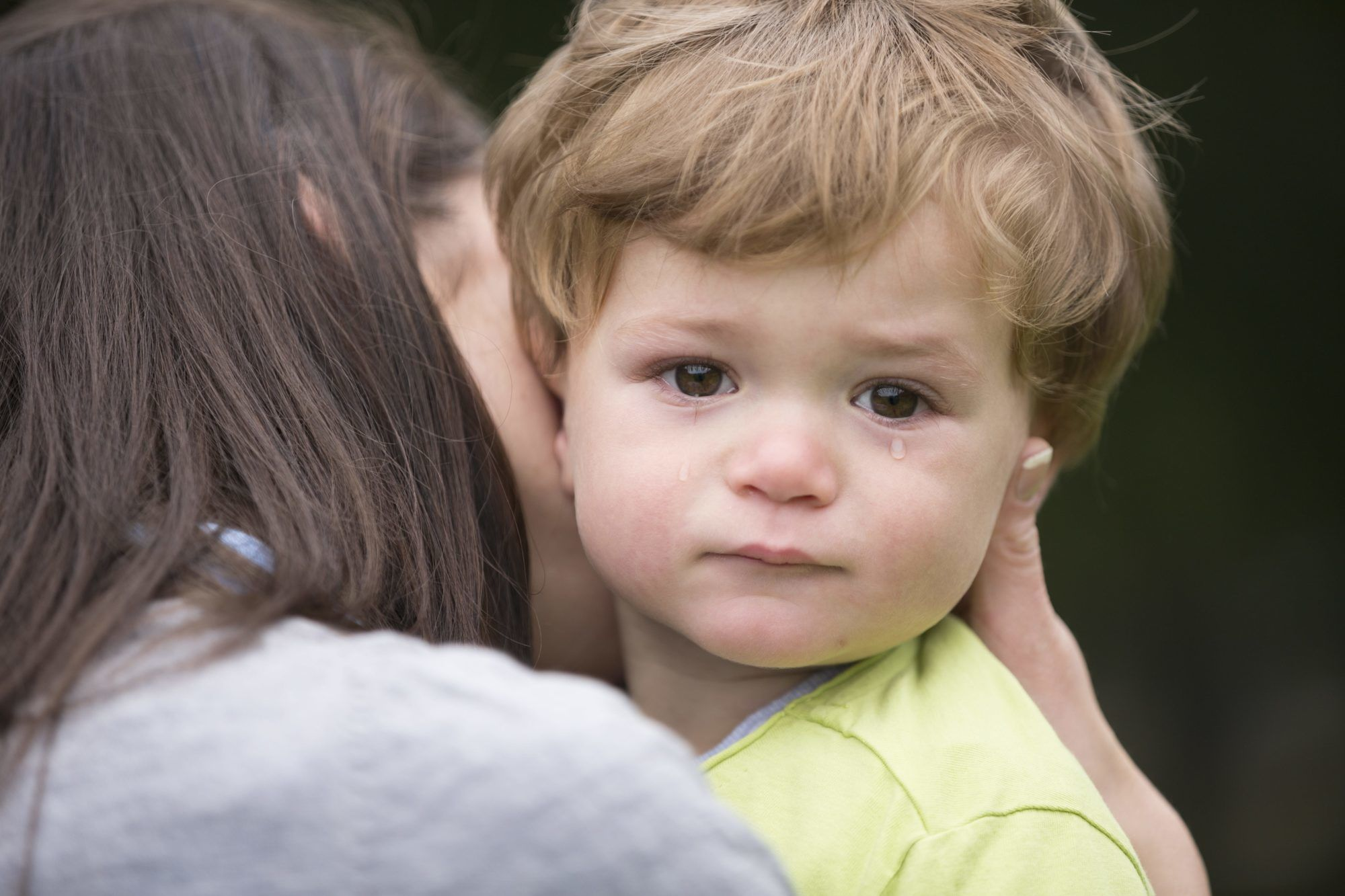 Imparare ad amare in modo sano da bambini   Dipendiamo.blog