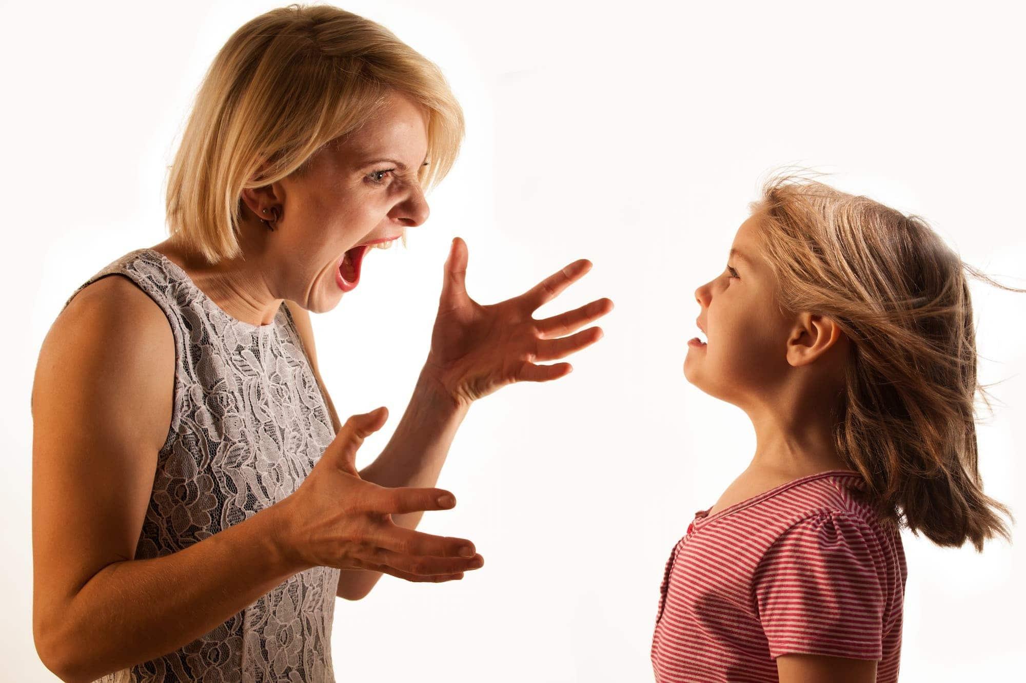 Genitori che urlano: l'importanza di rimediare | Dipendiamo.blog