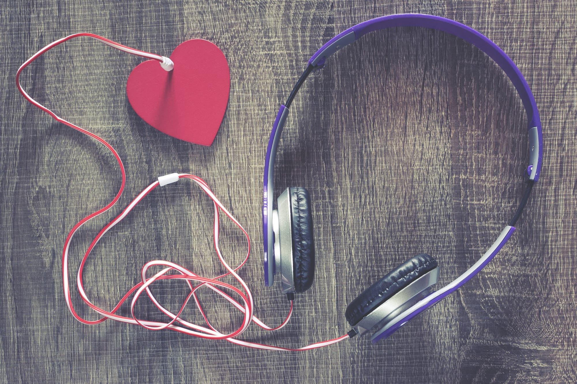 La Musica: il linguaggio delle emozioni | Dipendiamo..blog
