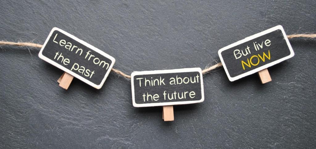 Passato, Presente, Futuro: io dove sono? | Dipendiamo.blog
