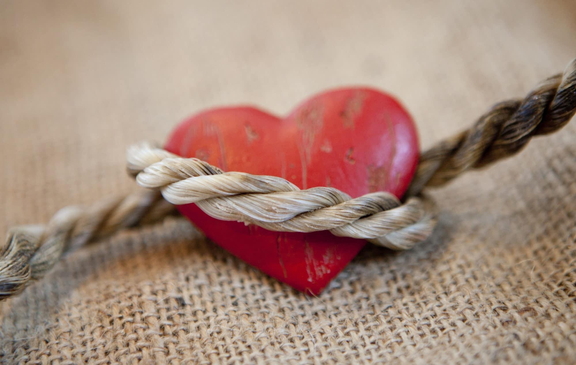 Il Ricatto Emotivo: come identificare il ricattatore e come farlo smettere | Dipendiamo.blog